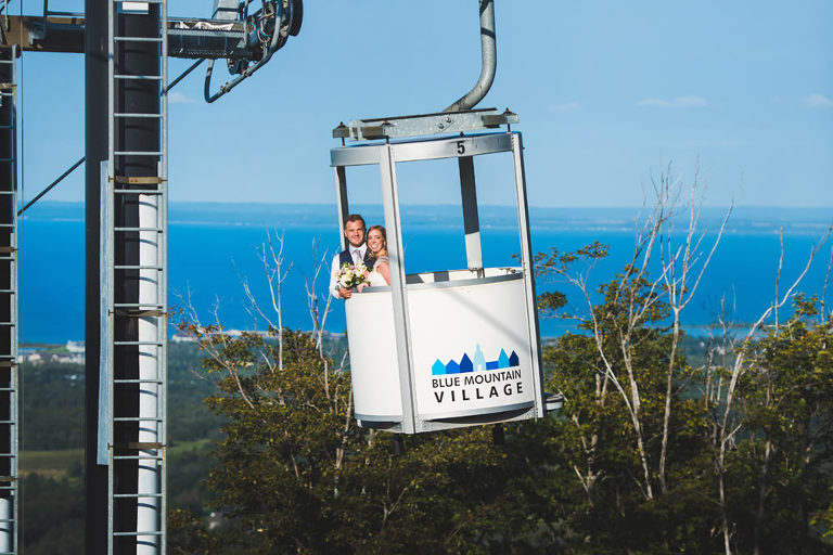 Blue Mountain wedding gondola ride