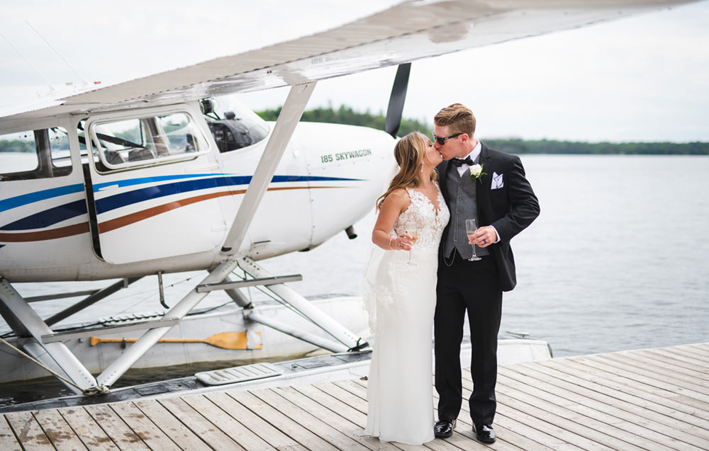 Plane ride at wedding Severn Lodge